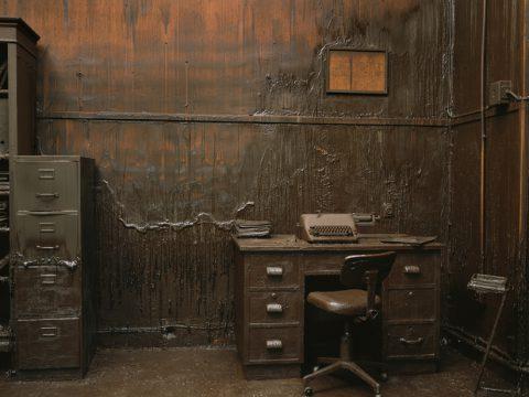 European Dark Room / Greta Alfaro